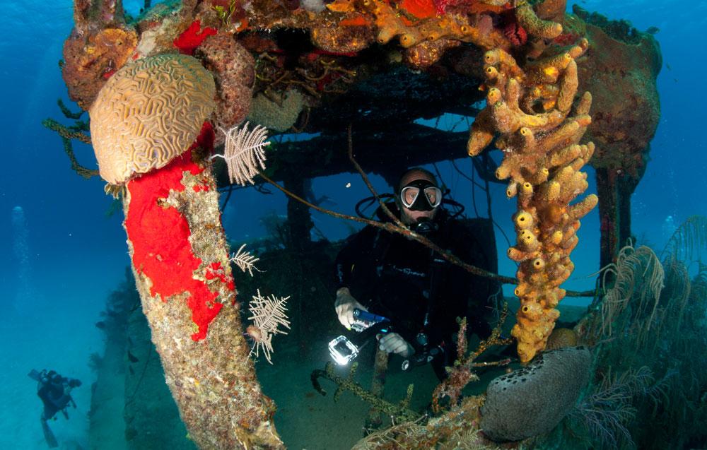 Deep Blue Divers Cayman Islands